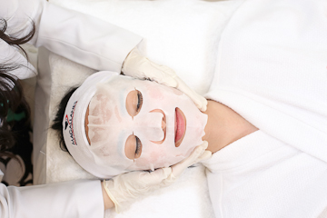 Carboxy Detoxifying Facial