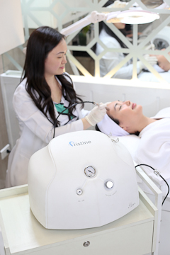 Microdermabrasion-Face-machine